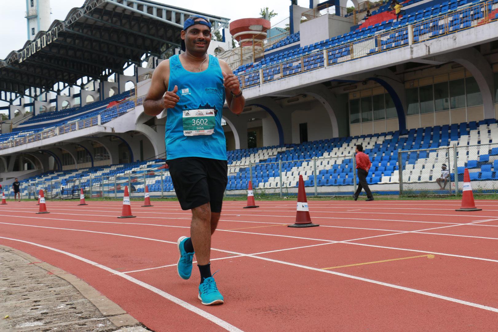 A runner at the 36 Hour Stadium Run, Bangalore 2016